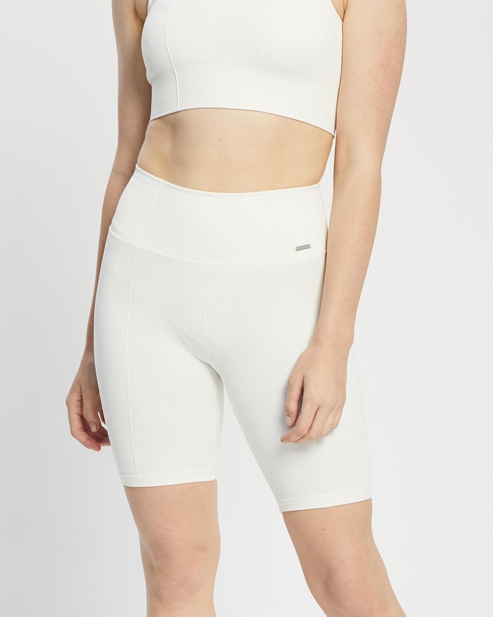 Aim'n Luxe Seamless Biker Shorts 1/2 Tights Off-White