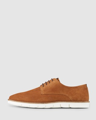 AQ by Aquila Stockwell Casual Shoes - Lifestyle Sneakers (Tobacco)