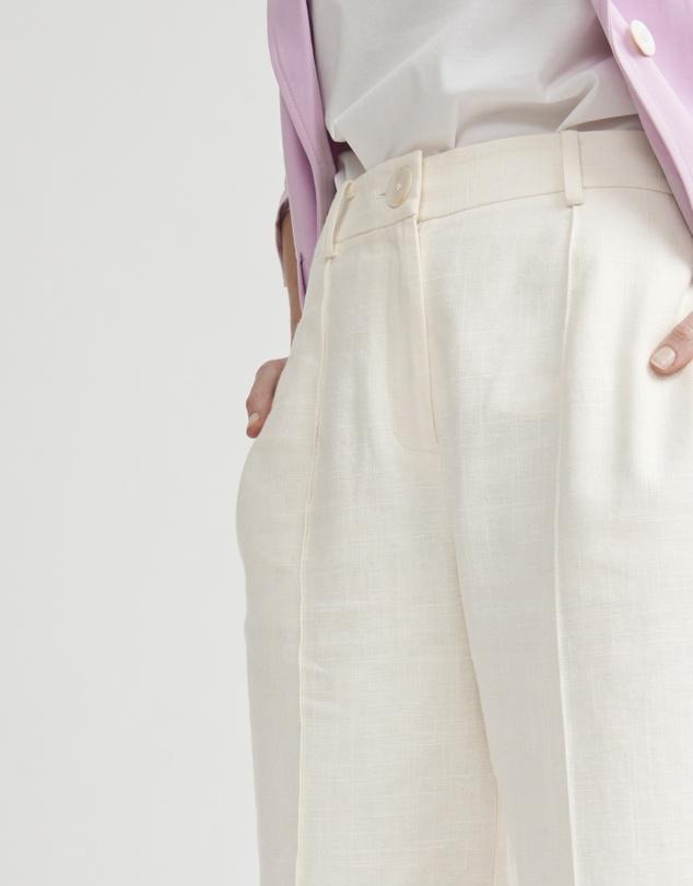 Women Pin Tuck Trouser
