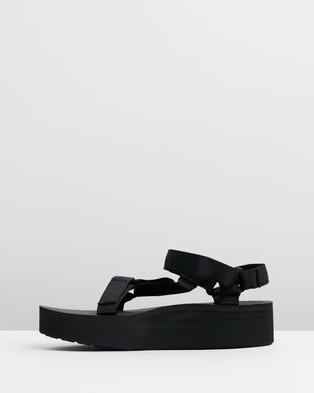 Teva Flatform Universal ?Çô Women feet s - Sandals (Black)