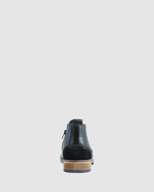 Acton Holifield - Casual Shoes (Black)