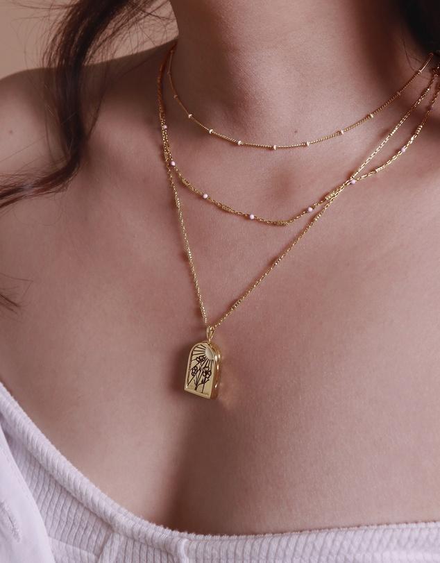 Women Eternal Sunshine Gold Locket Necklace