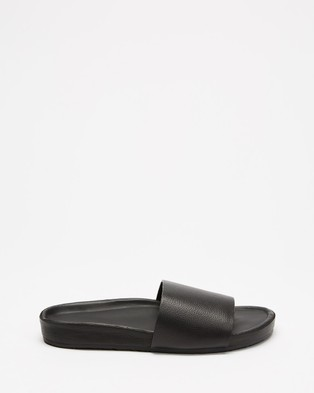 Assembly Label - Single Strap Slides Women's Sandals (Black)