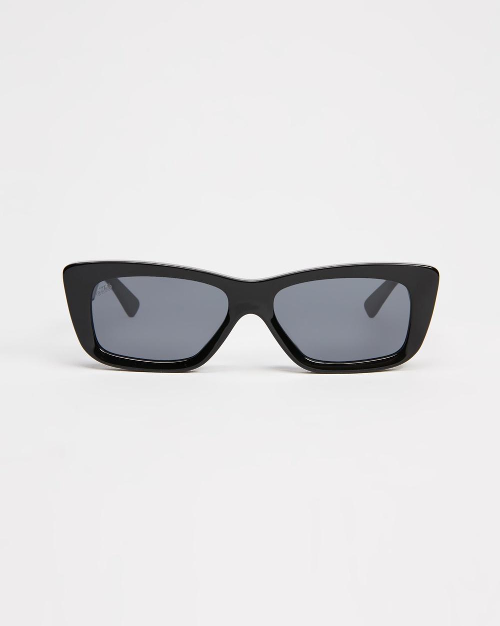 AKILA Frenzy Sunglasses Black & Silver