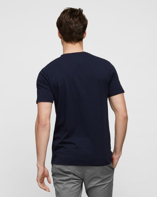 Wayver - The Essential Crew Tee 3 Pack - Short Sleeve T-Shirts (Navy, White & Carbon) The Essential Crew Tee 3-Pack