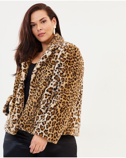 Atmos&Here Curvy - ICONIC EXCLUSIVE - Nia Faux Fur Coat