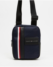Tommy Hilfiger - TH Metropolitan Mini Reporter Bag