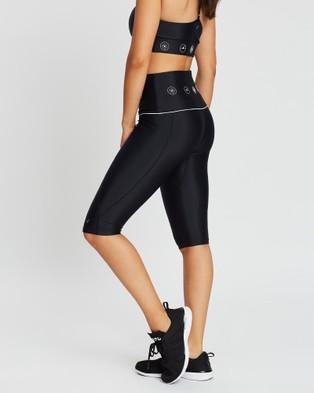 MORE BODY Sartorius Pedal Pusher Shorts - 1/2 Tights (Black & White)