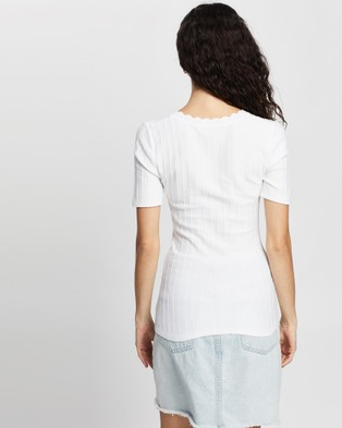 Review Dizzy Heights Knit Top - Tops (White)