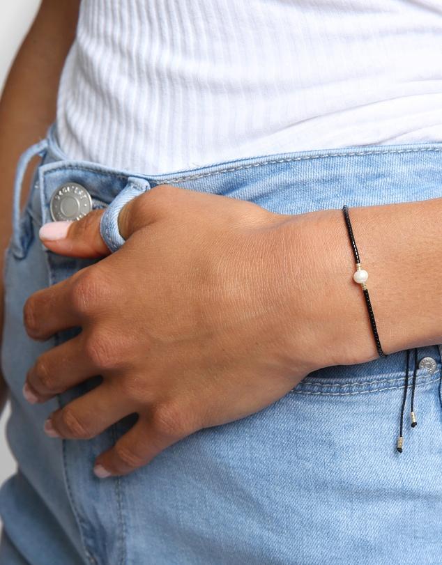Women Petra Pearl & Black Glass Beaded Bracelet