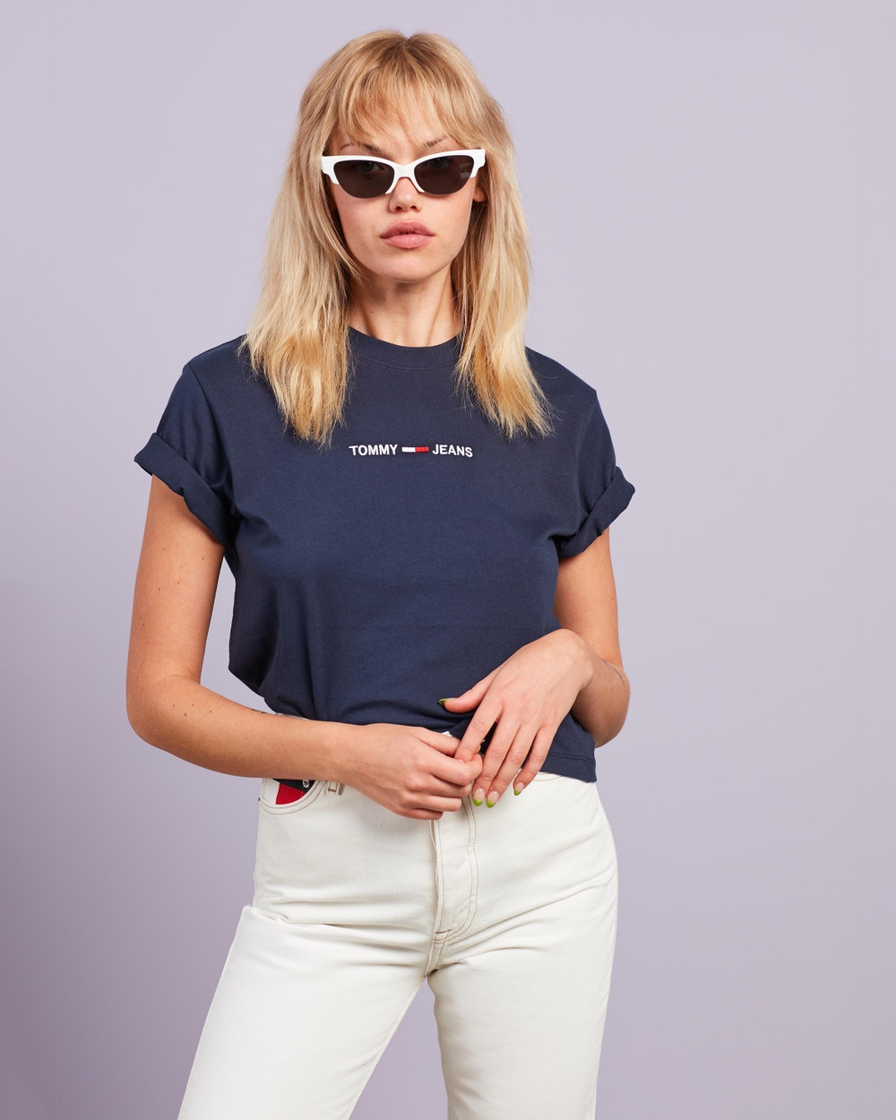 Tommy Jeans - Logo Embroidery Cropped T Shirt - T-Shirts & Singlets (Twilight Navy) Logo Embroidery Cropped T-Shirt