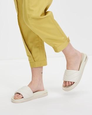 ALDO - Acaswen Quilted Slides - Sandals (White) Acaswen Quilted Slides