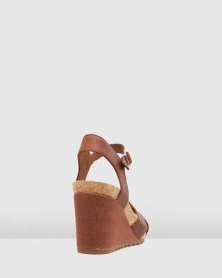 Clarks Flex Sun - Sandals (Tan Leather)