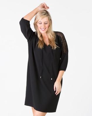 Love Your Wardrobe – Daisy Lace Sleeve Dress – Dresses (Black)