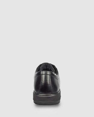 Ascent Contest   4E Width - Dress Shoes (Black)