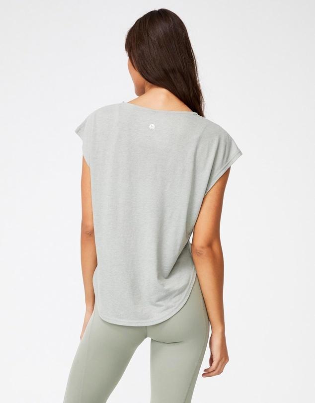 Women Active Scoop Hem T-Shirt