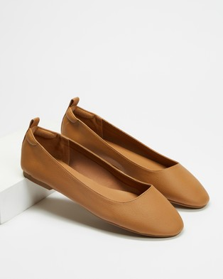Therapy Angelina - Ballet Flats (Tan)