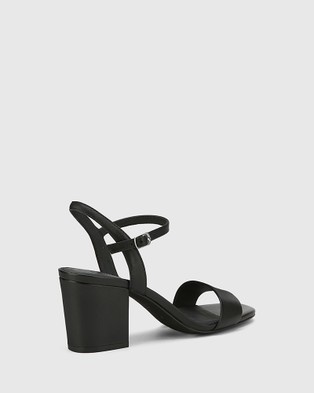 Wittner Collin Leather Block Heel Ankle Strap Sandals - Sandals (Black)