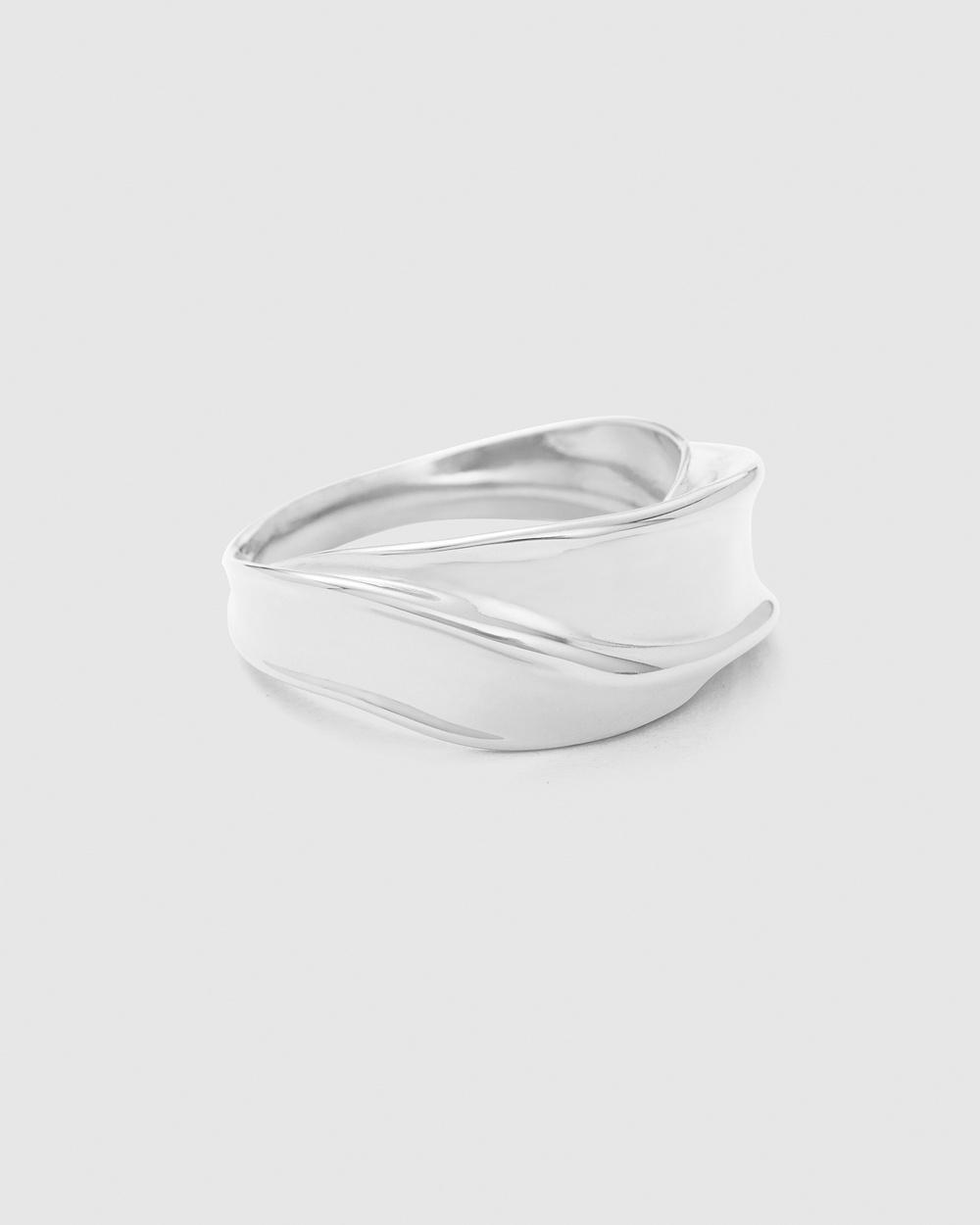 Kirstin Ash Intertwine Ring Jewellery Silver