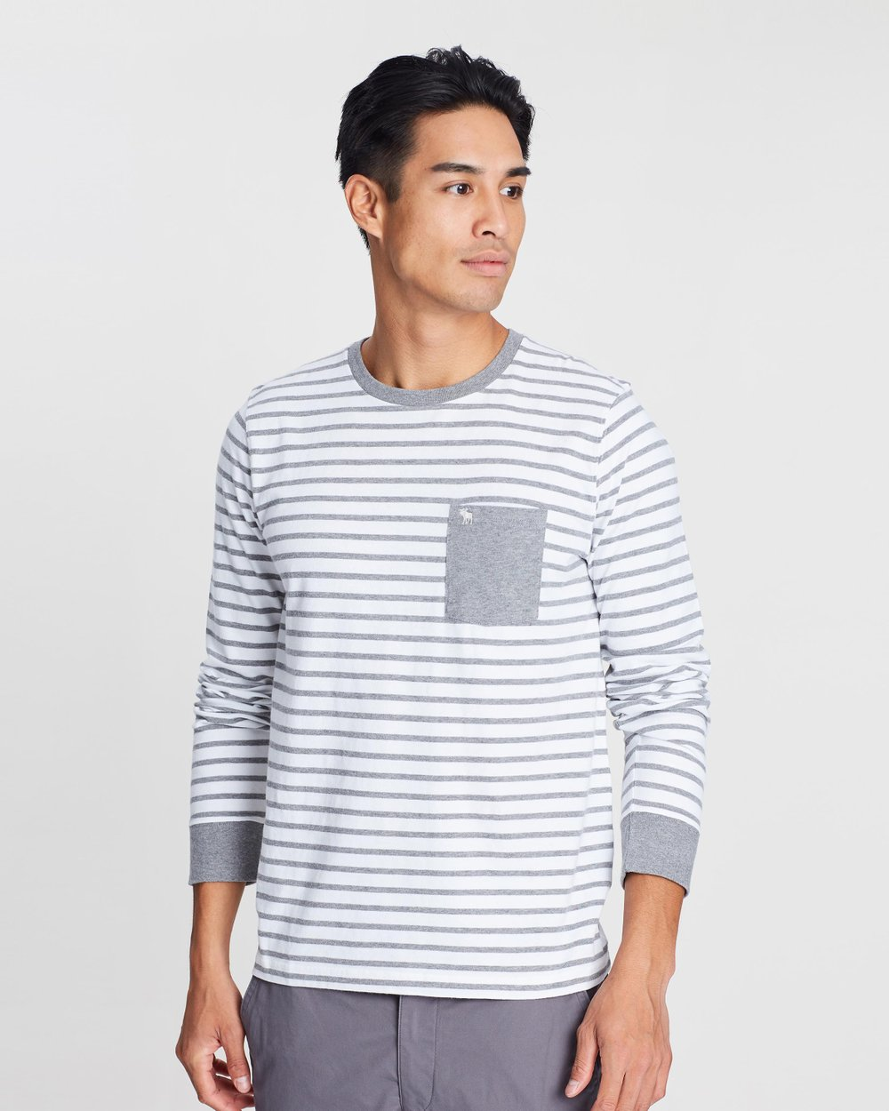 fa797e4d LS Icon Pocket Crew T-Shirt by Abercrombie & Fitch Online | THE ICONIC |  Australia