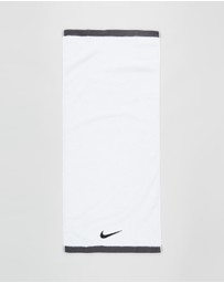 Nike - Fundamental Towel