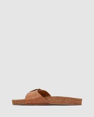 Urge Anjie - Sandals (Tan)