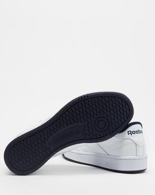 Reebok Club C 85   Unisex - Lifestyle Sneakers (White & Collegiate Navy)