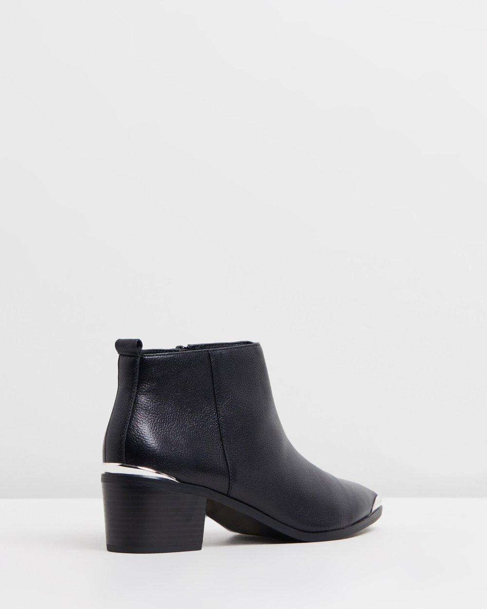 ebf68068547 Miles Low-Ankle Platform Boots by TOPSHOP Online