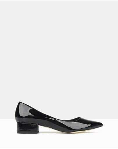 Betts - Impulse Pointed Toe Block Heel Pumps