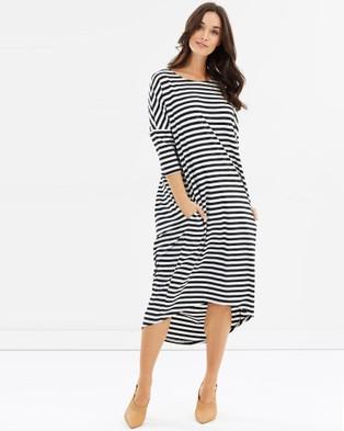 Lincoln St – Cocoon Dress Black Stripe
