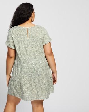Atmos&Here Curvy Susie Tiered Mini Dress - Printed Dresses (Green Print)