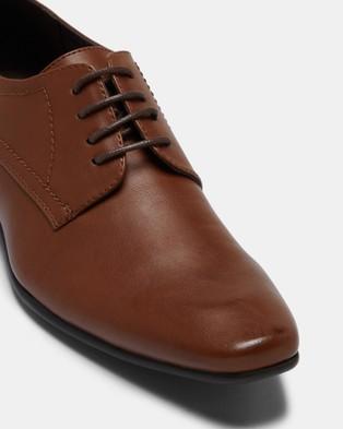JM Owen - Dress Shoes (Tan)