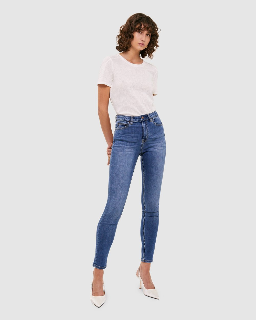 4ca0393a86 Anna High-Rise Jeans by SABA Online | THE ICONIC | Australia