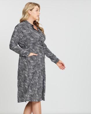 Hope & Harvest Milan Shirt Dress - Printed Dresses (Scatter)