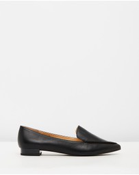Atmos&Here - ICONIC EXCLUSIVE - Casey Leather Flats