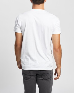 Hollister Exploded Icon Henley Tee - T-Shirts & Singlets (White)