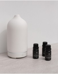 The Goodnight Co. - Ceramic Diffuser & Essential Oil Starter Kit
