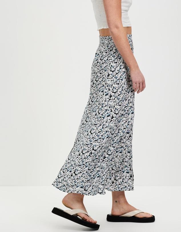 Women Pushin Daisy Skirt