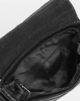 Cobb & Co Alex Leather Satchel - Tech Accessories (Black)