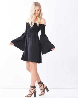 Calli – Sada Layered Sleeve Dress Black
