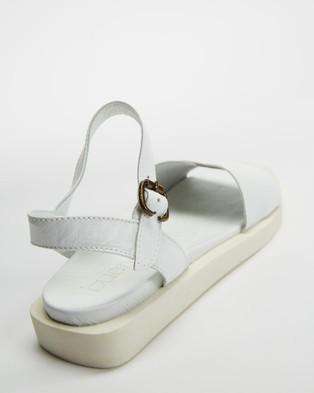 Bueno Jane - Sandals (White)