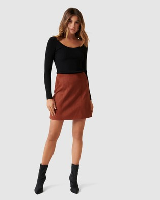 Forever New Scarlette Seamed Suedette Mini - Skirts (RUST)