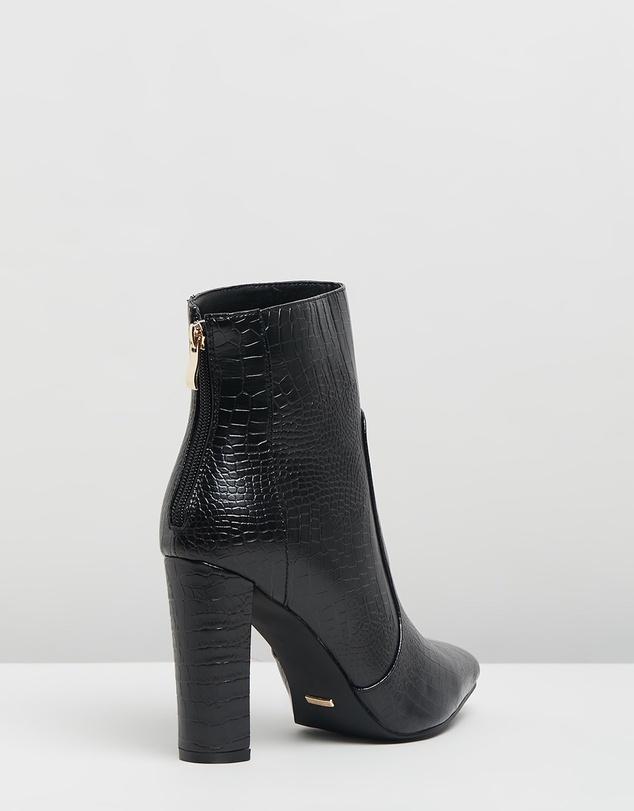 Women Kourt Ankle Boots