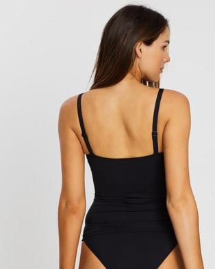 Sea Level Australia Cross Front Multifit Singlet Top - Bikini Tops (Black)