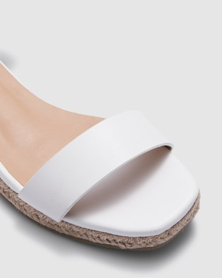 Therapy Callie - Sandals (White)