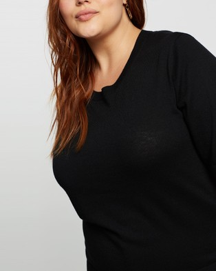 Atmos&Here Curvy Paloma Knitted Top - Tops (Black)