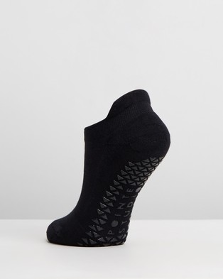 Pointe Studio - Union Grip Socks Underwear & (Black)