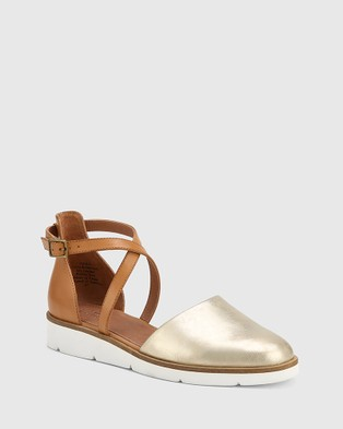 Wittner Jayko Leather Round Toe Wedges - Wedges (Metallic)