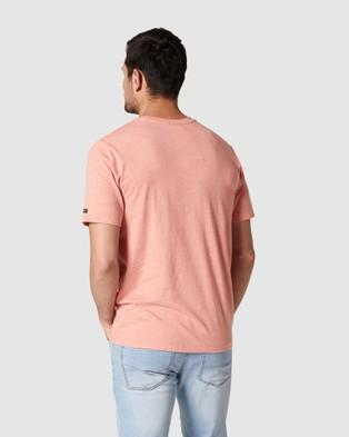 Blazer - Denver Melange Classic Tee - Short Sleeve T-Shirts (Coral) Denver Melange Classic Tee