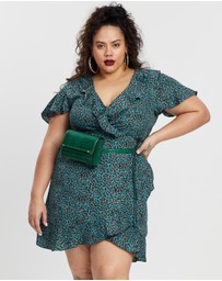 Missguided Curve - Wrap Tea Dress